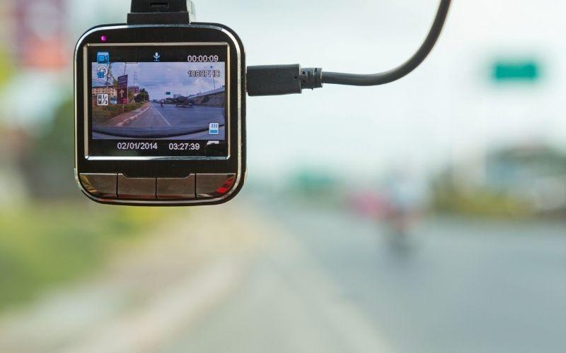 กล้องติดหน้ารถแบบไหนดี